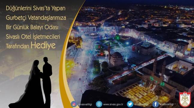 Düğünü Sivas'ta Yapan Gurbetçilere Balayı Bedava
