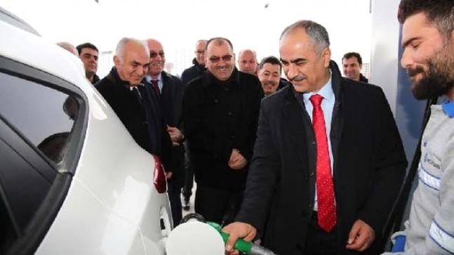 Sivas Belediyesi Akaryakıt istasyonu hizmete girdi