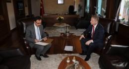 Sivas'ta 25 Köye Halı Saha Yapılacak