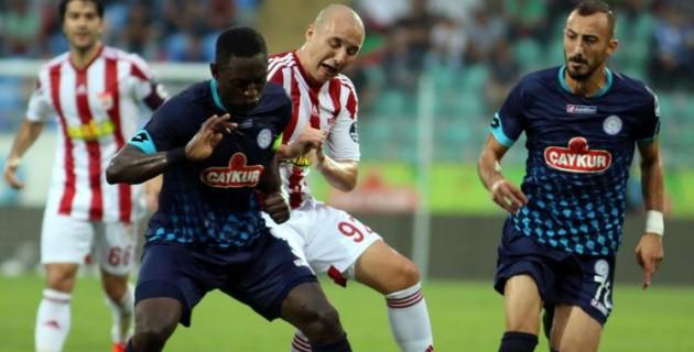 Sivasspor 10 kişi kalan rakibini yenemedi